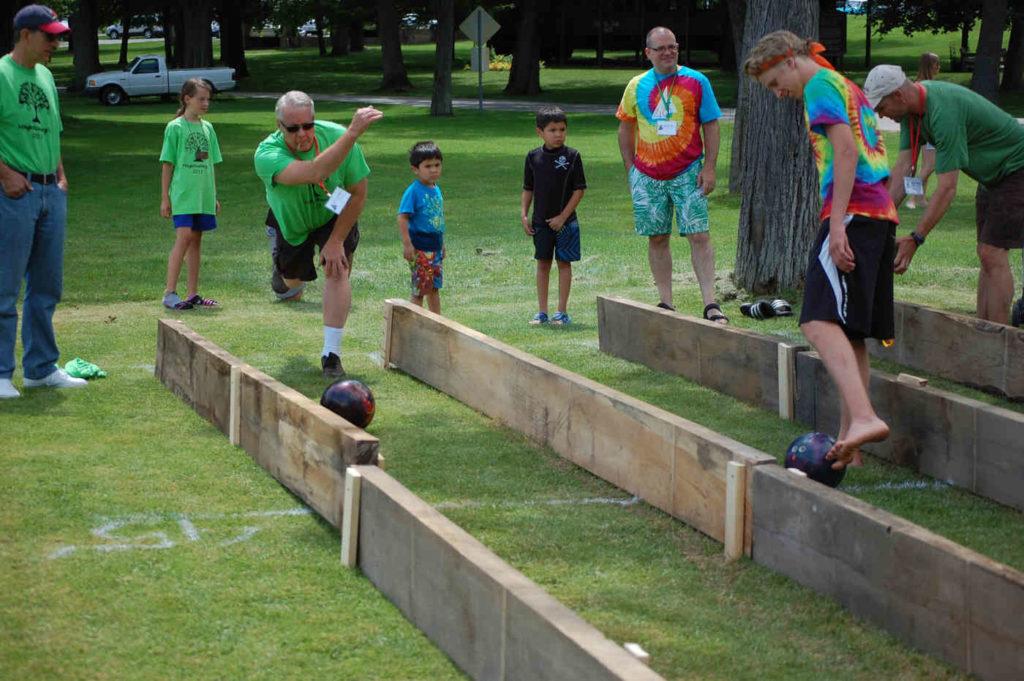 adult program lawn games 2